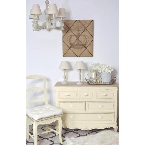 kreminės spalvos komoda, su stalčiais, medinė