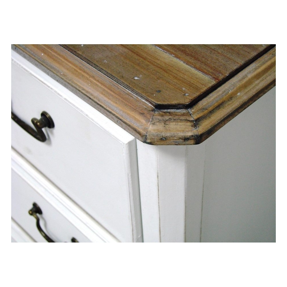 balta komoda, medinė, metalinėm rankenom