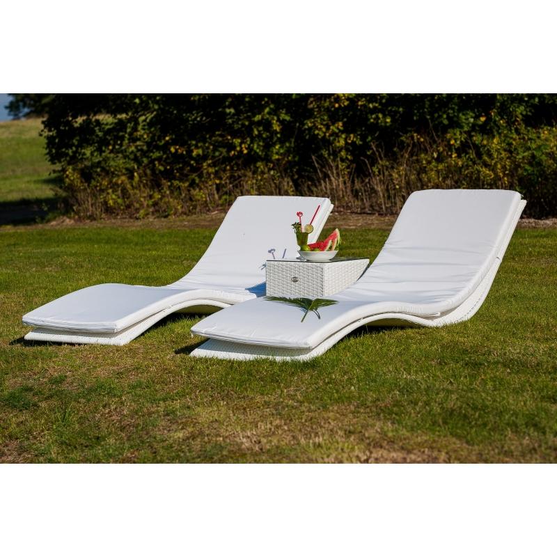 Minimalistinis lauko gultų komplektas, modernaus dizaino, baltos spalvos