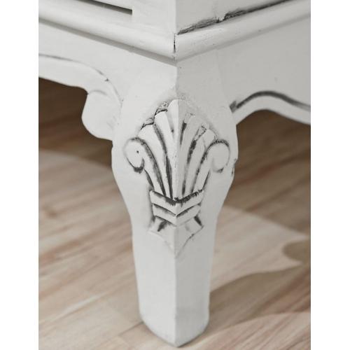baltos spalvos komoda, su stalčiais, medinė